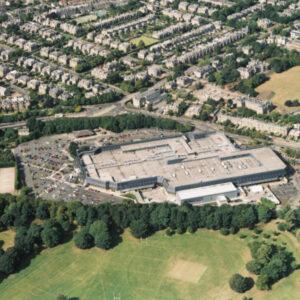 """השקעות נדל""""ן בסקוטלנד- Cameron Toll Shopping Center"""