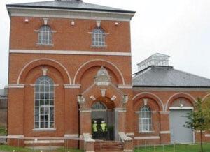 """השקעות נדל""""ן באנגליה -Hornsey High Street - מגורים"""