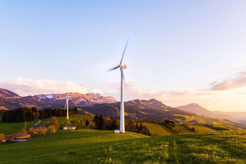 השקעות באנרגיה מתחדשת - נפוצות במיוחד בשנים האחרונות